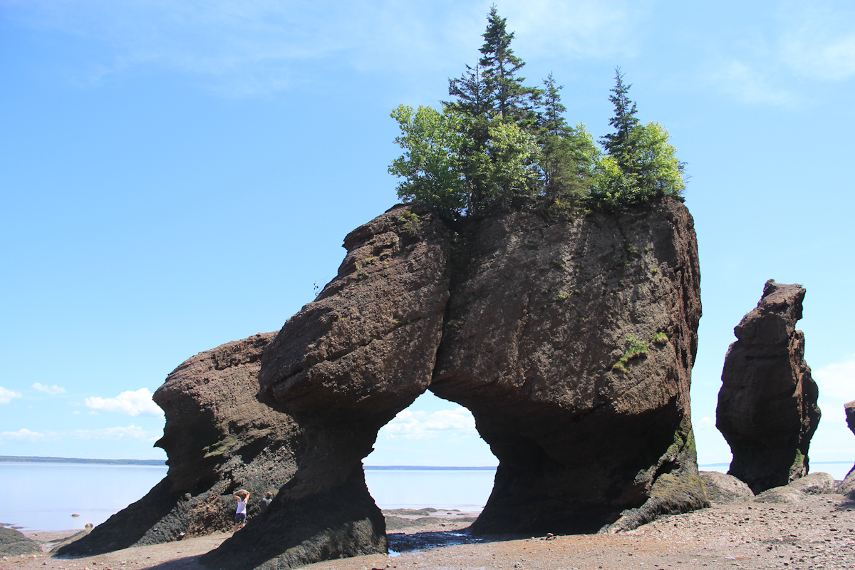 Glooscap legends rocks fresh air adventure for Minimalist house bay of fundy